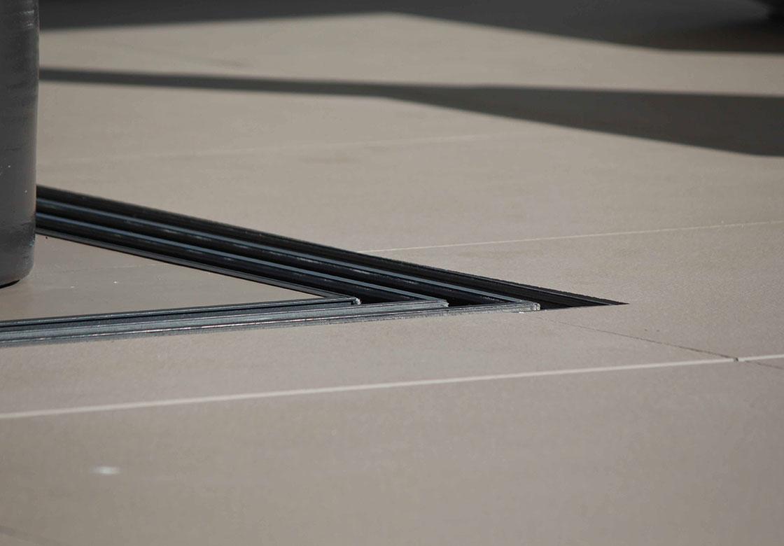 notre-savoir-faire-et-exigences_SURE-MESURE_menuiserie-minimaliste_PACA